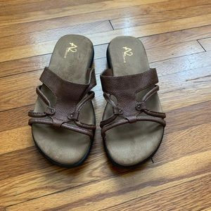 Aerosoles brown sandals size 8M